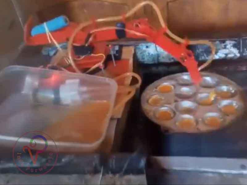 Keren..! Pemuda Purworejo ini Berhasil Membuat Robot Untuk Membantu Ibunya Berjualan Telur Goreng